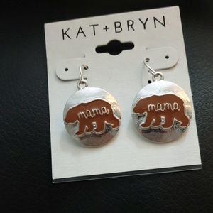 Jewelry - Mama bear earrings